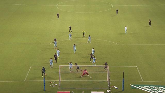 Derrota del Sagan Tosu frente a Sanfrecce Hiroshima (0-2)