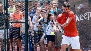 Djokovic se entrena en Belgrado preparando Wimbledon