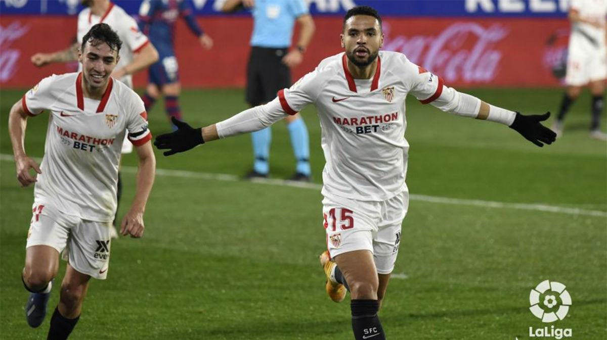 En-Nesyri marcó el gol de la victoria en El Alcoraz