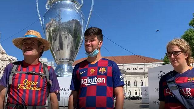 Los aficionados del Barça en Lisboa muestran su optimismo