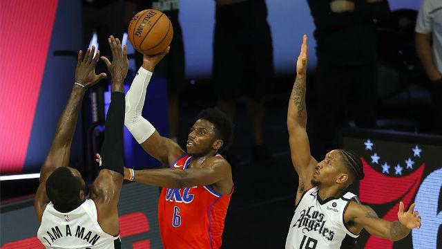 Los Clippers acaban la temporada regular con victoria