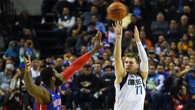 Los Mavs derrotan a los Pistons en otra gran noche de Doncic