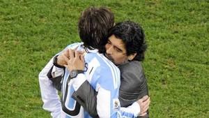 Messi está agradecido a Maradona
