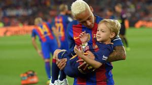 Neymar Con Davi Lucca En El Camp Nou