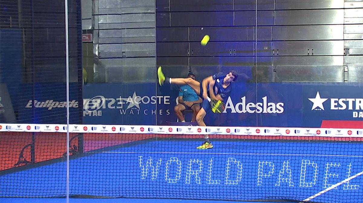 El puntazo salvaje de Juan Lebrón en la final del Estrella Damm Open