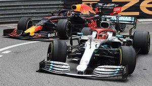 Verstappen atacó a Hamilton en la segunda parte de la carrera