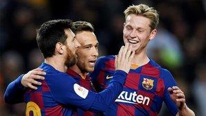 Arthur Melo y Frenkie de Jong acompañarán a Leo Messi en el once inicial del Barça ante el Nápoles