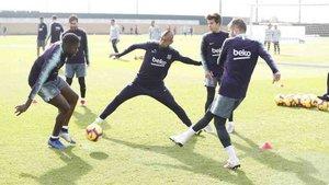 Arturo Vidal ya entrena con el Barcelona