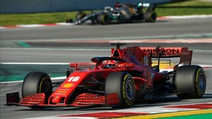 Ferrari en los test de pretemporada en Montmeló