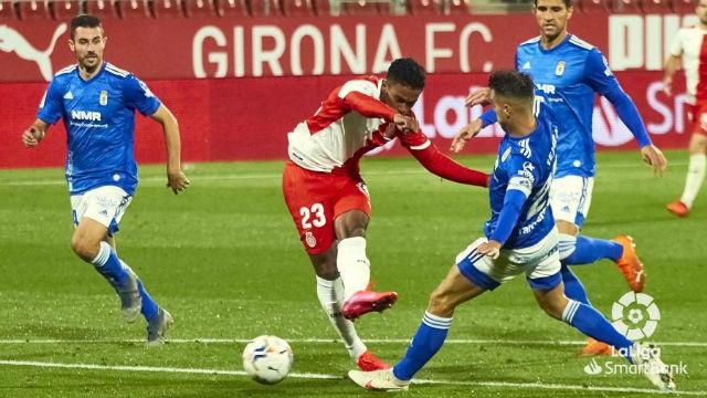 El Girona vuelve a ganar a costa del Oviedo