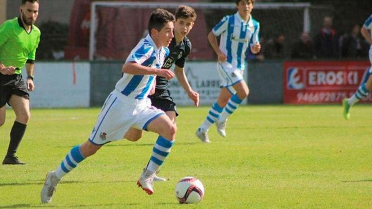 El golazo de Dani Rodríguez con el Cadete B de la Real Sociedad