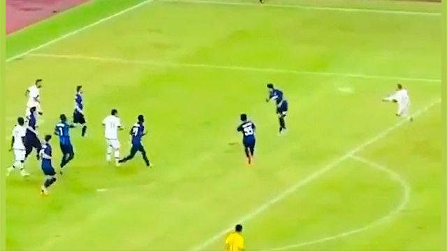 El golazo de tijera que te recordará a Ibrahimovic