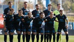 Los jugadores del Atlético Balear antes de medirse al Espanyol