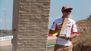 Márquez ya tiene una curva con su nombre en Aragón