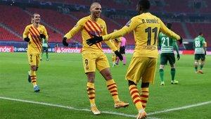 Martin Braithwaite celebra su cuarto gol en tres partidos consecutivos