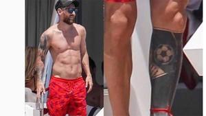 Messi sigue llevando la cinta roja en su tobillo izquierdo