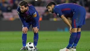 Messi y Suárez serán titulares en Mestalla