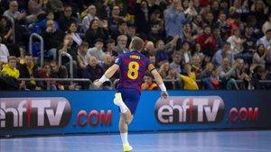 Víctor Tomàs se despide como campeón de Liga ASOBAL