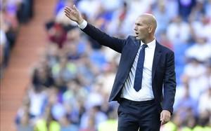 Zidane no logra que su equipo reaccione