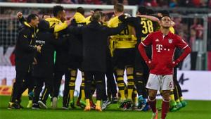 La decepción de Thiago contrasta con la alegría de los jugadores del Dortmund