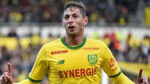 Emiliano Sala lleva 10 goles en 11 partidos con el Nantes