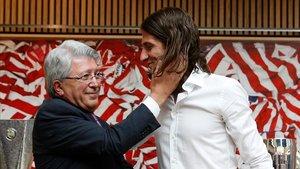 Enrique Cerezo alabó la trayectoria de Filipe en el Atlético