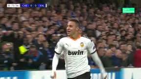 El golazo de Rodrigo que dio la victoria al Valencia en Stamford Bridge