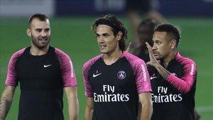 Jesé, en un entrenamiento en Qatar junto a Cavani y Neymar