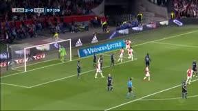 De Ligt puso cabeza para acercar al Ajax a la Eredivisie