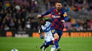 Messi marcó ante el Alavés su gol liguero 250 en el Camp Nou
