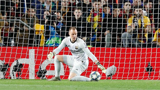Un paradón de Ter Stegen y el larguero evitaron que el Dortmund apretase el marcador