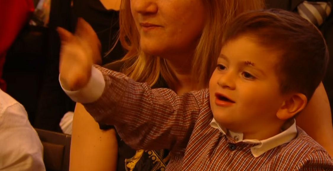 Thiago Messi acompañó a su padre a la gala