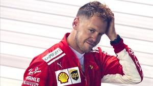 Vettel, abatido tras la carrera en Singapur