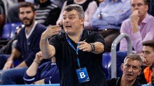 Xavi Pascual espera dos partidos muy complicados ante el Zagreb y el Granollers