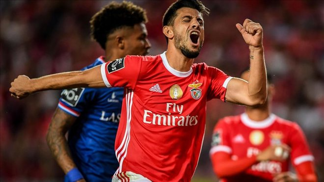 El Benfica se apoya en Pizzi para seguir la estela del Famalicao