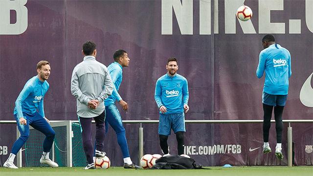 El Barça se ejercitó por última vez antes del partido ante el Alavés