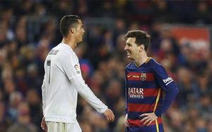 Cristiano Ronaldo y Leo Messi pugnan una vez más por ser el Balón de Oro 2016