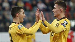 Eden y Thorgan Hazard se diviertieron en San Petersburgo