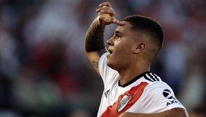 Juan Fernando Quintero renovó por tres años más con River Plate