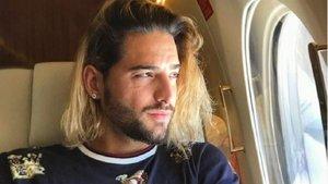 Maluma ha pasado con éxito su operación de ligamenos en su rodilla derecha | El Sonajero