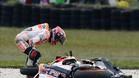 Marc Márquez se cayó cuando lideraba la carrera de MotoGP en Australia
