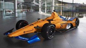 El McLaren de Alonso luce en Woking