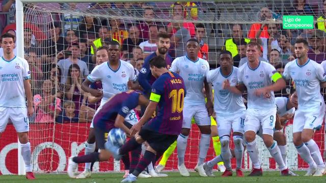Messi vuelve a maravillar a balón parado