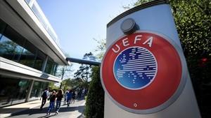 Resultado de imagen para OFICINAS DE LA UEFA