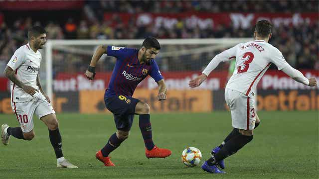Suárez salió en el segundo tiempo y se acercó al gol