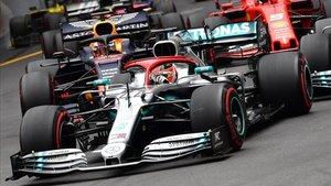 Lewis Hamilton,por delante de sus perseguidores