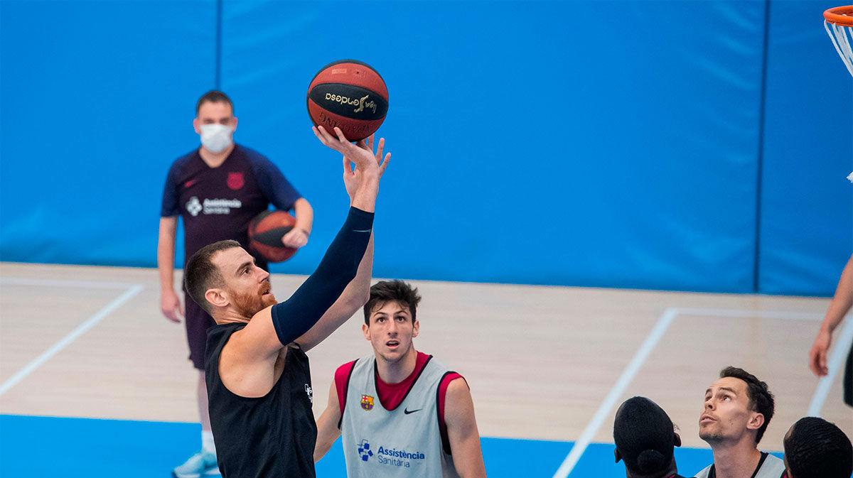 El Barça de baloncesto sigue preparando el final de la ACB