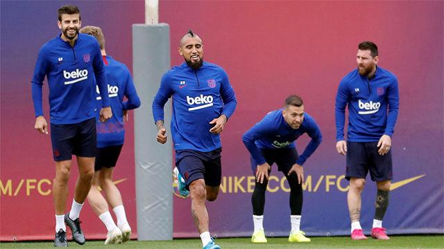 El Barça entrena en una sesión de recuperación con la ausencia de internacionales