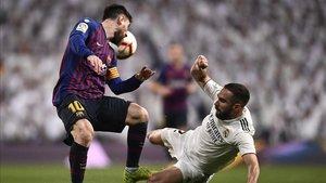 Dani Carvajal las pasó moradas ante Leo Messi