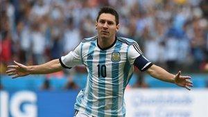 Messi celebra un gol con la selección argentina